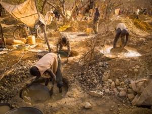 or éthique , les desastres de l'industrie de l'or