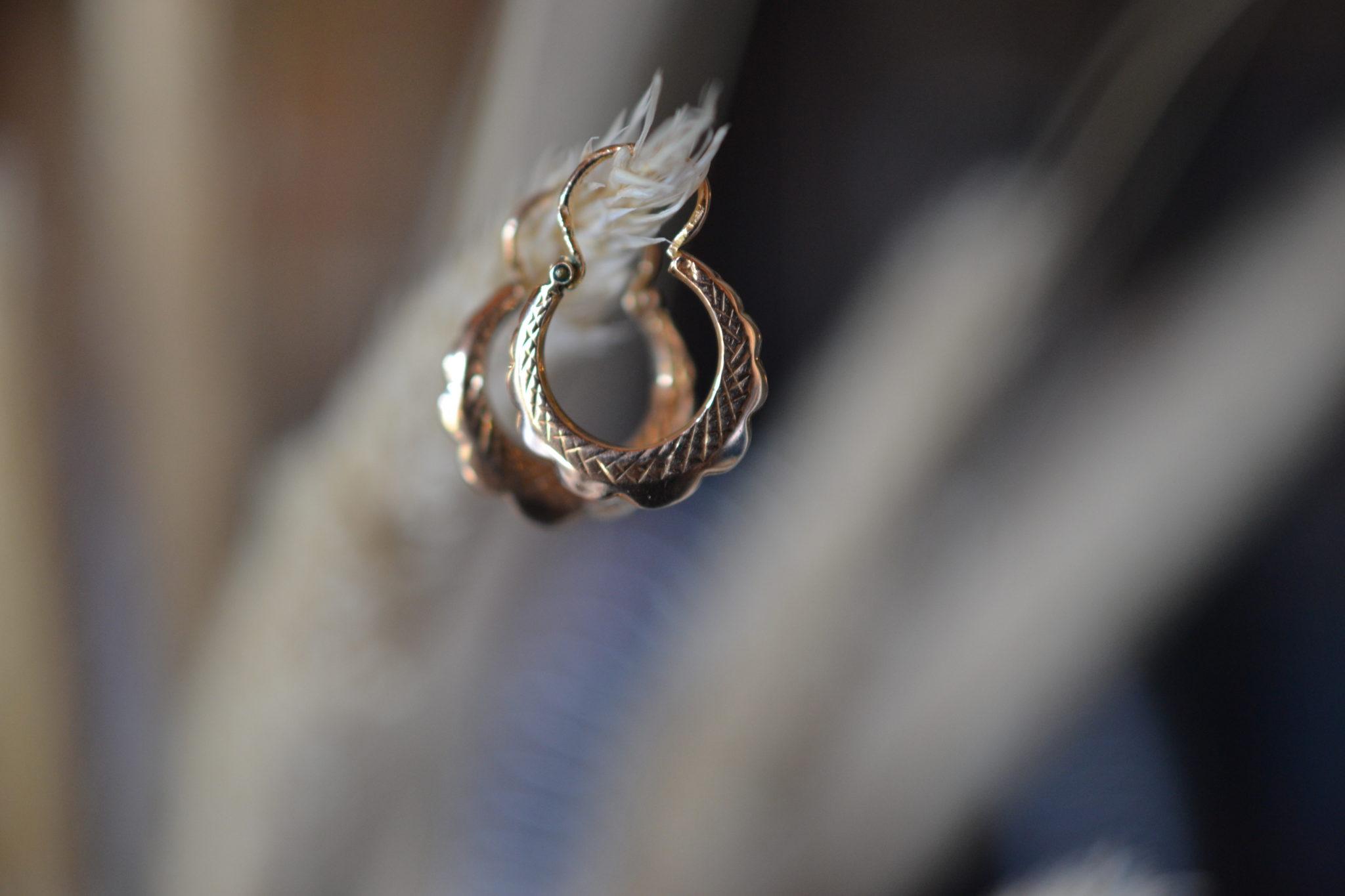 boucles d'oreilles anciennes en Or 18 carats 750:1000 - noircarat.fr - bijoux vintage en Or massif