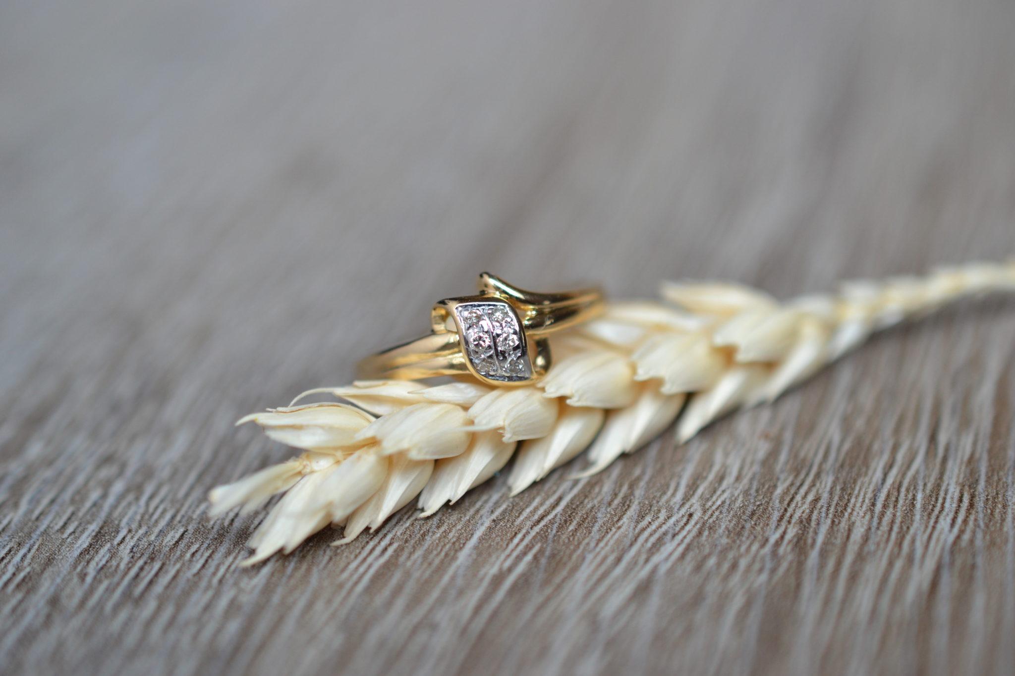 Bague or sertie de diamants bague ancienne