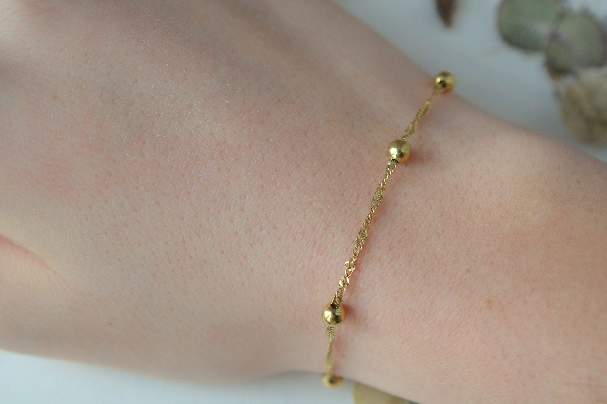 Bracelet en Or jaune décoré de billes, maille effet torsadé - bracelet ancien