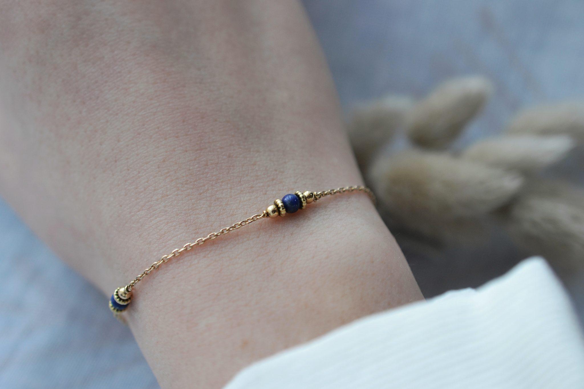 Bracelet en Or jaune habillé de 4 Lapis-lazulis - bracelet de seconde main