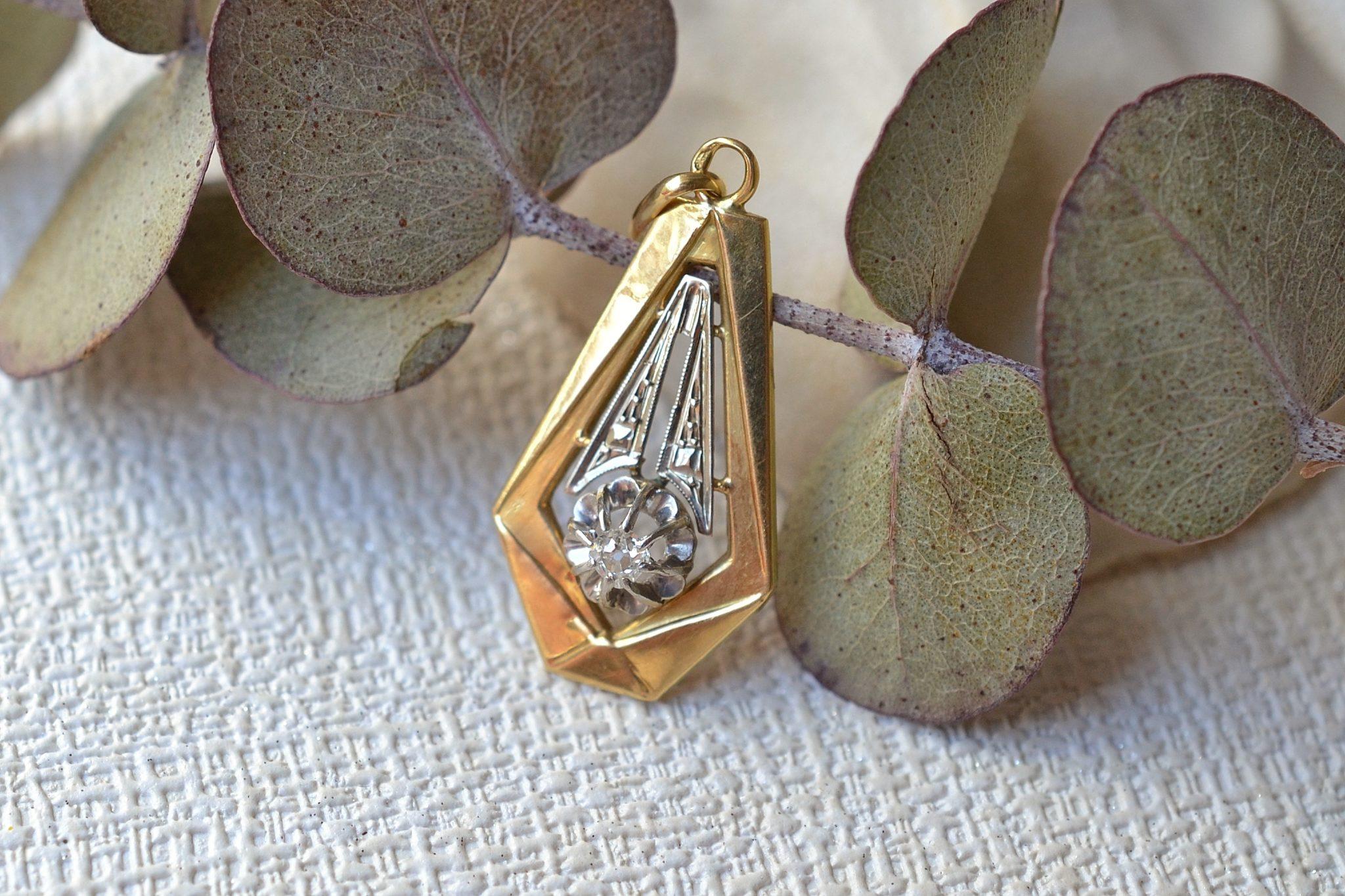 Pendentif en Or deux tons orné d_un petit diamant taille ancienne - bijou éthique et éco-responsable