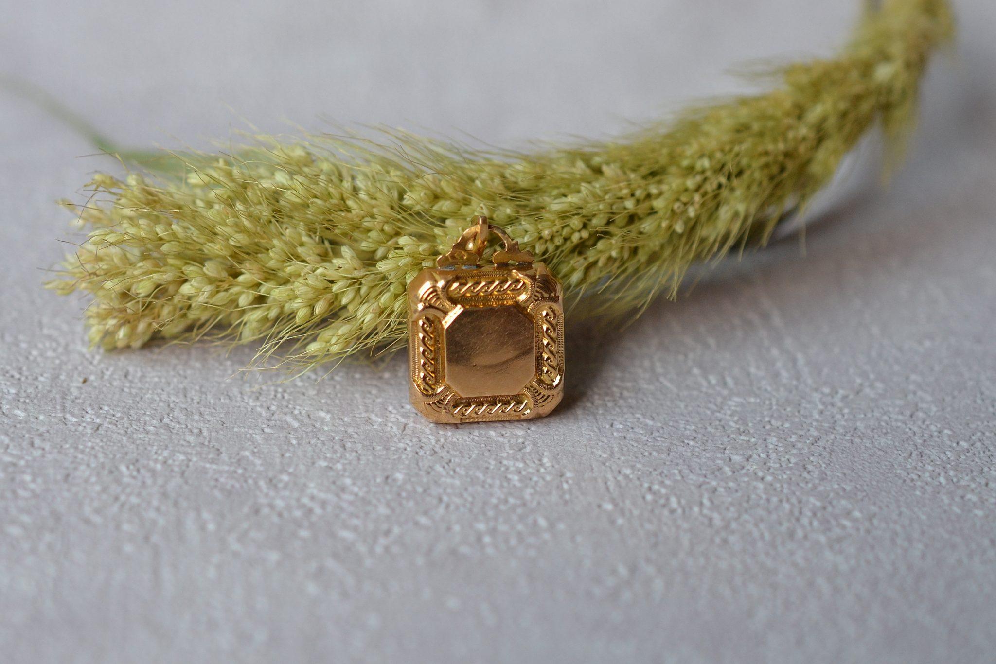 pendentif-ancien-or-bijou-vintage