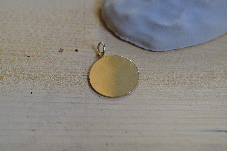 Medaille De Saint Expedit En Or Jaune, Aujourd Hui Et Non Demain - Medaille Religieuse