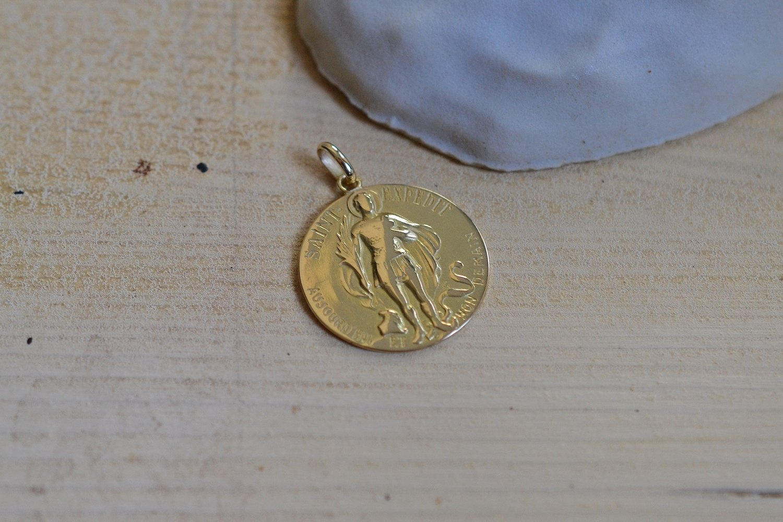 Médaille Saint Expedit