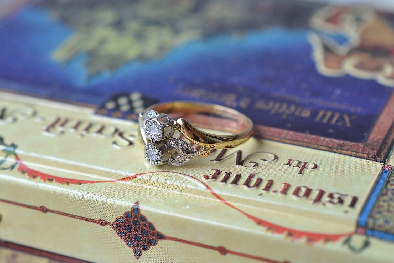 Bague Ancienne Art Nouveau Fleurs 2 Diamants