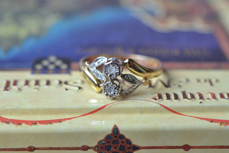 Bague Fleurs 2 Diamants