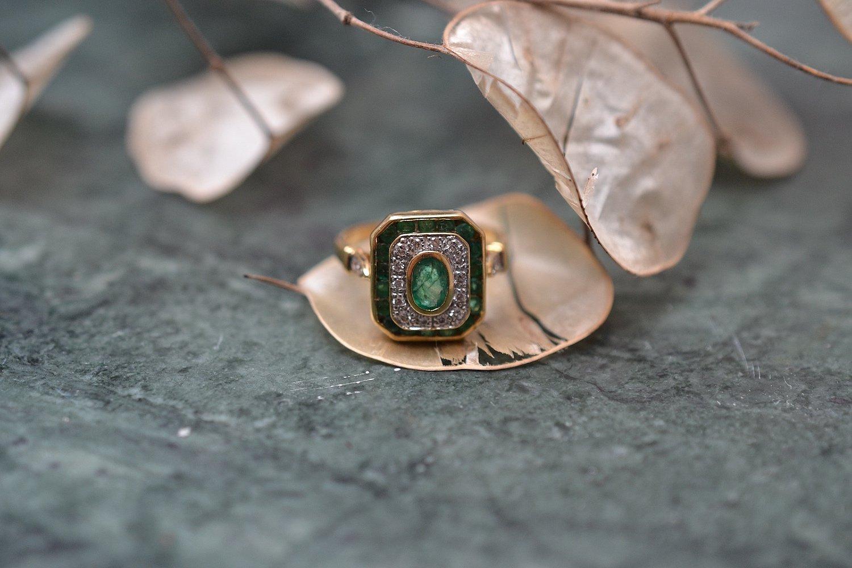 Bague Octogonale Emeraudes Diamants