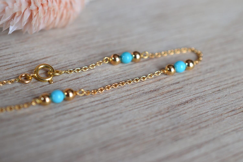 Fin Bracelet En Or Jaune A Mailles Souples Alternees De 5 Turquoises Taillees En Cabochon - Bracelet Ancien